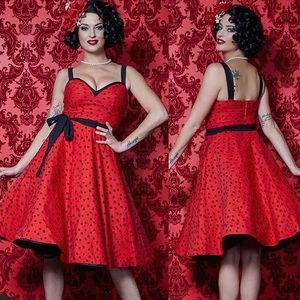 ✨ HOST PICK✨NWOT Retro style red dress